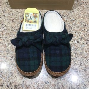 Toms Ivy slippers in spruce plaid🥰, size 7